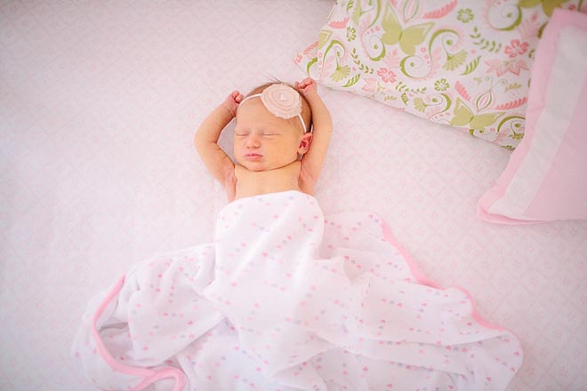 Pink-and-green-nursery-minneapolis-newborn-photos-by-Gina-Zeidler-Photography-0007